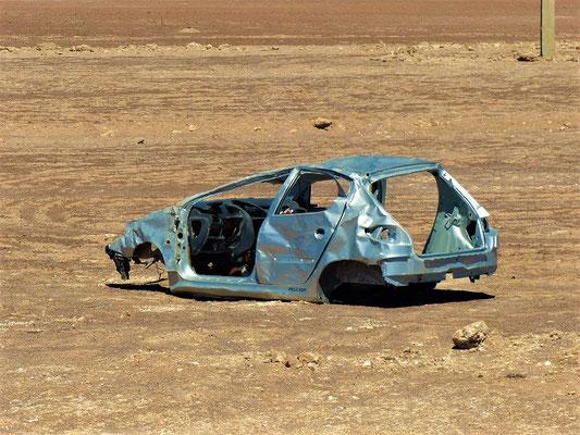 Nach dem Unfall 'ausgebeindelt' zurückgelassen :o(
