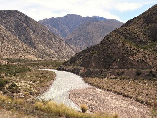 Das Tal Richtung Uspallata wird enger