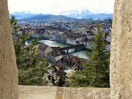 Blick vom Männliturm auf Luzern