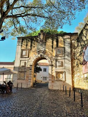 Eingangstor in die innere Stadtmauer
