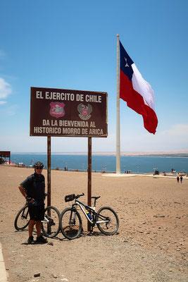 Die zweitgrösste Fahne Chiles - 75m x 30m