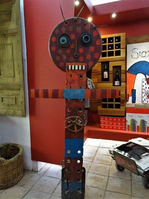 Eine berühmte chilenische Künstlerin kreierte Etiketten für Viu Manent
