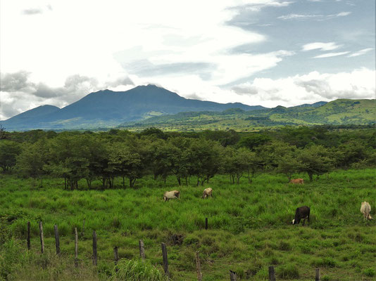 Der Vulkan Tenorio weist uns den Weg