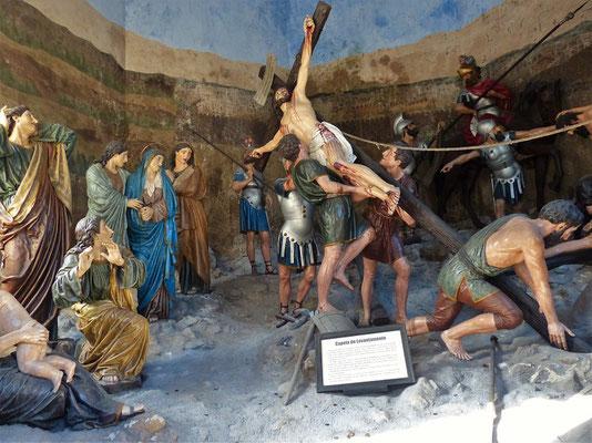 ...mit figürlichen Nachbildungen des Leidensweges von Jesus
