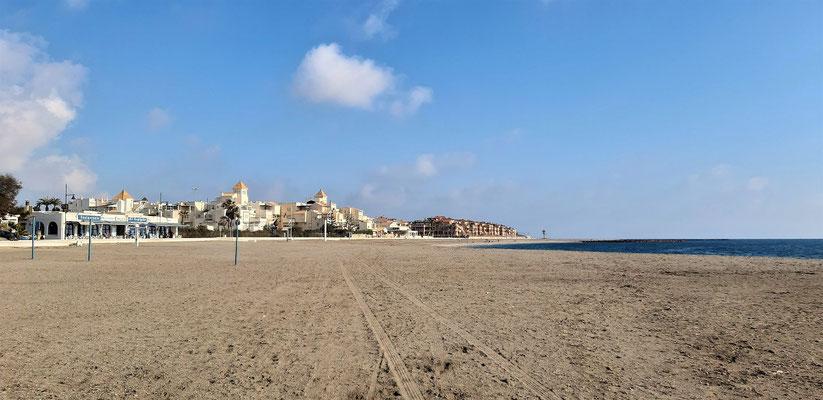 Der leere Strand