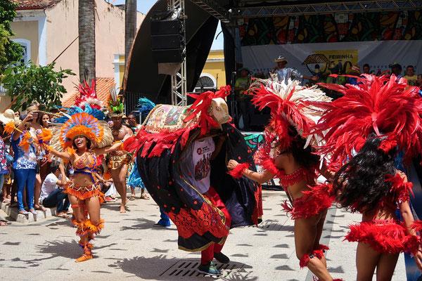 Bumba-Meu-Boi' - Beweg dich mein Ochse - ein Tanz um eine tragische Liebesbeziehung