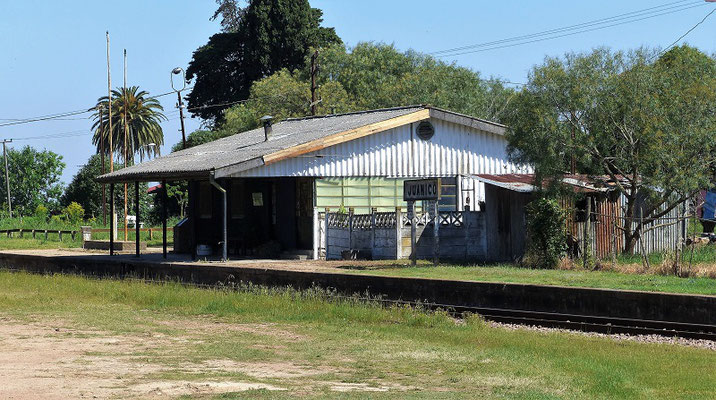 Bahnhof Juanicó - Nähe Canelones