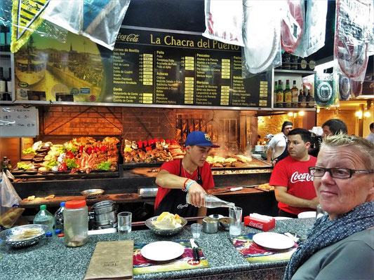Mercado del Puerto Montevideo - von dem haben wir lange gertäumt, mmmh!!