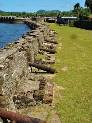 Die alte Verteidigung des Hafens von Portobello