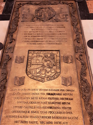 ....das Grab von Kolumbus' Sohn Fernando....