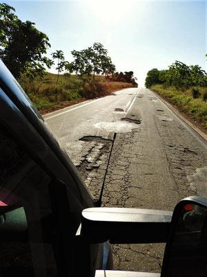 Tagelang miserable Strassenverhältnisse