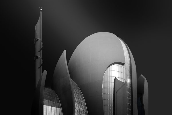 The Big M #01   Architekt: Paul Böhm