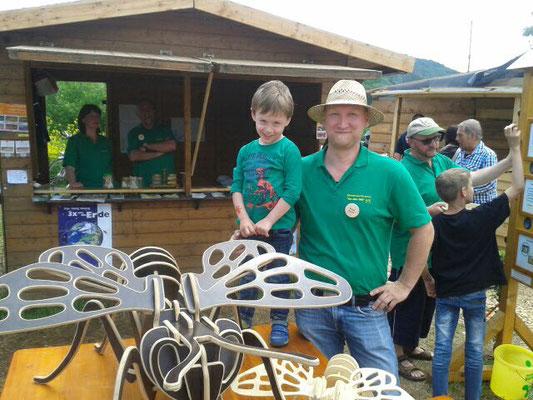 Laris besucht die Imker auf den Hessentag 2016