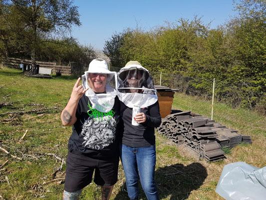 Steffi bei den Bienen