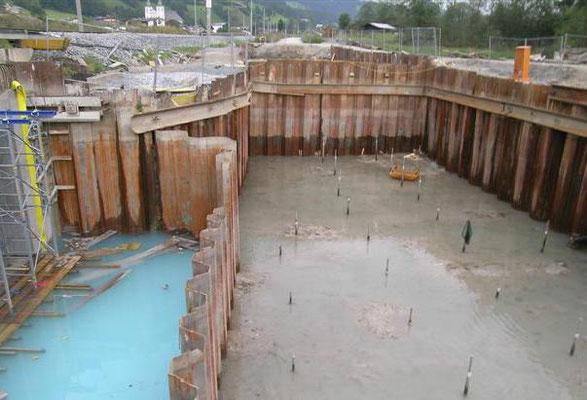 Baugrubensicherung, verankerte Unterwasserbetonsohle