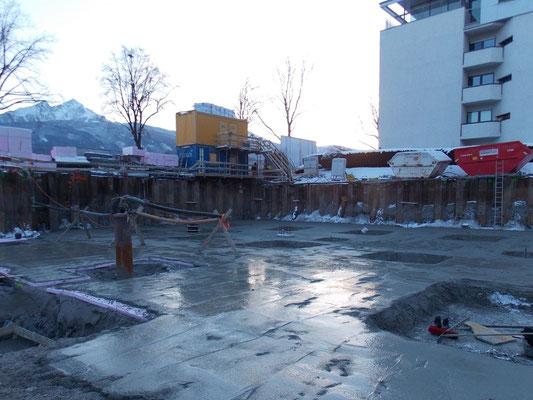 Bauwasserhaltung und Baugrubensicherung mit Spundwand