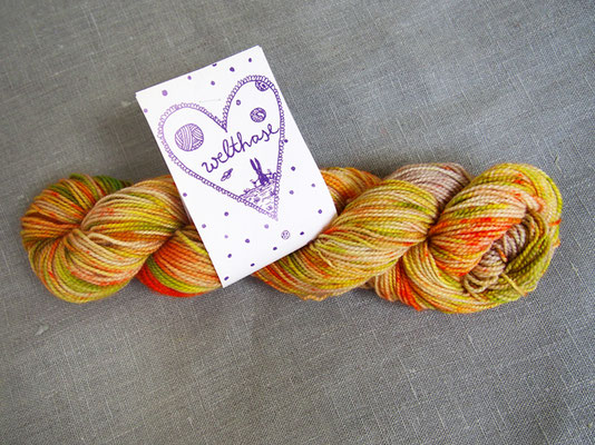 welthase bfl pearl 50g skein happy hazel dots, see PICK &KNIT
