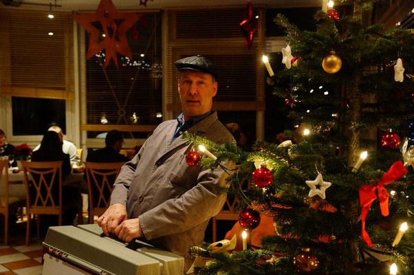 2014 - Adventszeit, Hotel im Glück