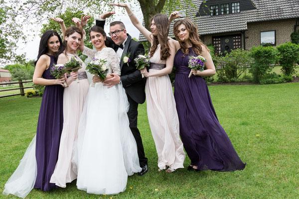 Braut paar, Brautzeugen und die Brautjungfern