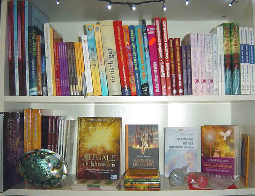 Bücher und CDs