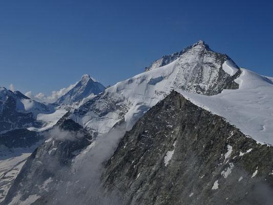 Blick nach Süden von der Pigne de la Lé auf Matterhorn & Grand Cornier