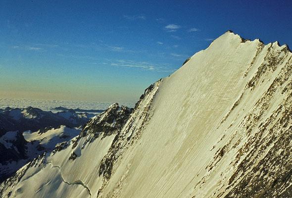 Lenzspitze im Anstieg zum Nadelhorn (1980)