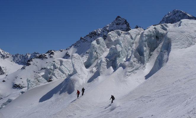Ochsentaler Gletscherbruch - Abfahrt vom Silvrettahorn zur Wiesbadener Hütte (Silvretta - Österreich, 2016)
