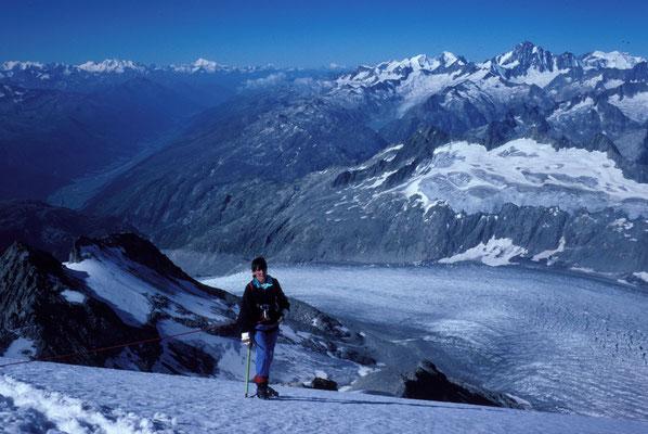 im Anstieg zum Galenstock, Tiefblick auf Rhonegletscher (1989)