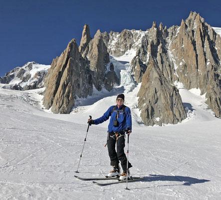 Skiabfahrt von der Aiguille du Midi durch Vallée Blanche & Mer de Glace 2019 (Mt. Blanc)