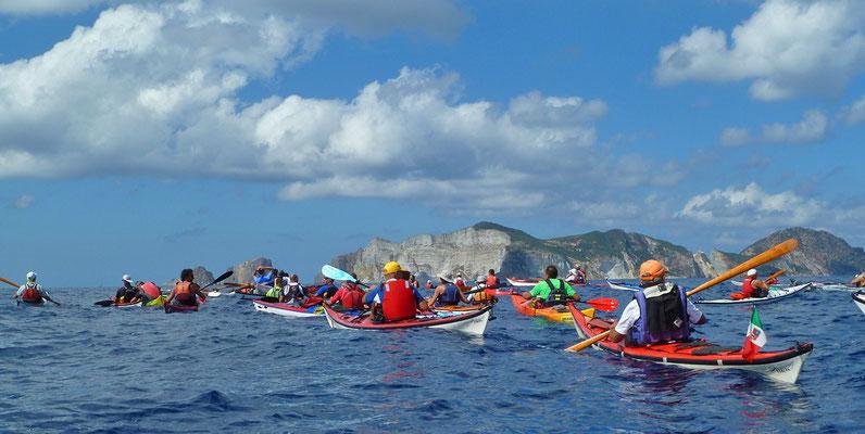 Überfahrt von Ponza nach Palmarola anlässlich Pontine Mare Marathon  (Italien, 2013)