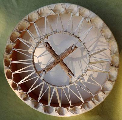Legatura a cerchio interno con croce di legno centrale