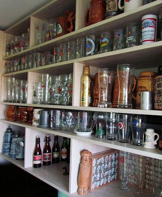 Kolekcja kufli,szklanek,butelek