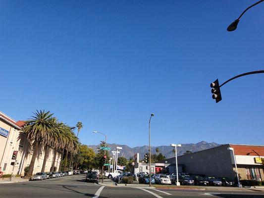 初めて見たロサンゼルスの青空