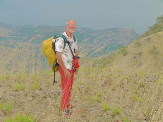 17 km zu Fuß über die Berge von Kalinzi nach Bugamba