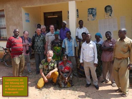 die Dorfgemeinschaft unterstützt das Projekt mit Tatkraft
