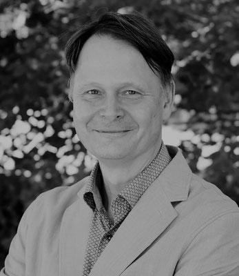 Rolf-Bernhard Essig