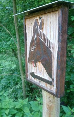 Der Pfeil weist den Weg für den Eselsrundgang - ein Klick aufs Bild führt zum LKZ-Artikel