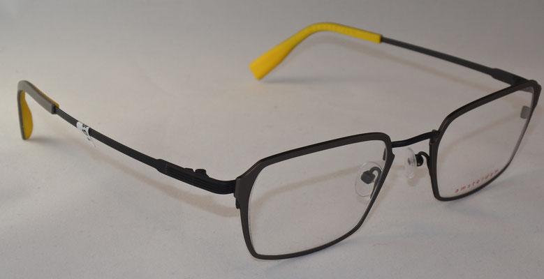 e3db4105d3e535 Mit einem Klick auf s Foto öffnet sich eine größere Version. Gerne können  Sie Ihre Lieblingsbrille auch im Optikzentrum Hense probieren.