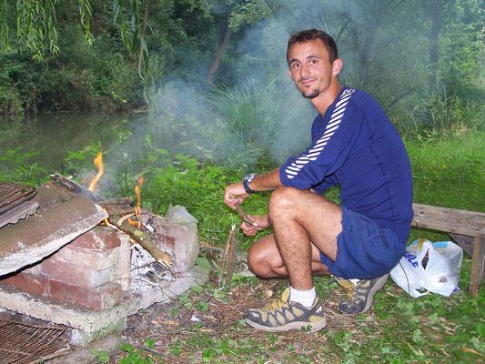 Barbecue au bord de l'eau Canoë enterrement vie garçon, groupes, scolaires, centres de loisirs, Picquigny Somme Picardie