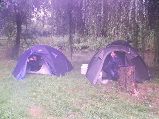 camping au bord de l'eau Canoë enterrement vie garçon, groupes, scolaires, centres de loisirs, Picquigny Somme Picardie