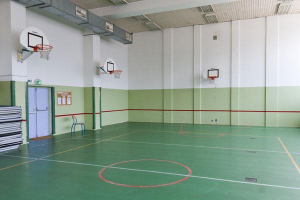 Le gymnase.