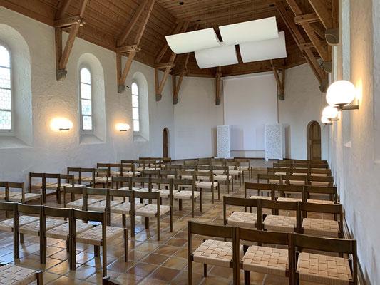 Kapelle mit 80 Plätzen