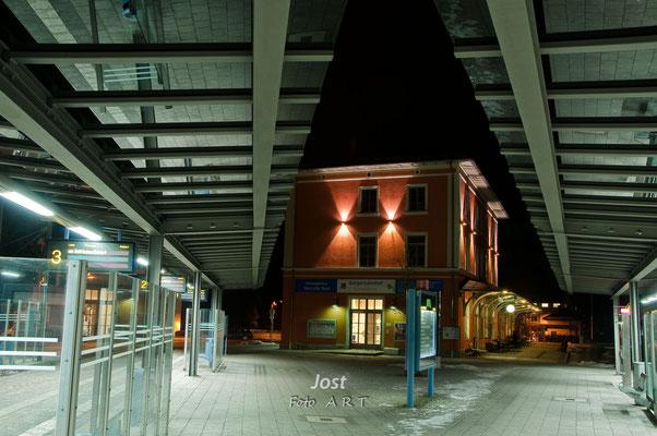Landsberger Bahnhof bei Nacht