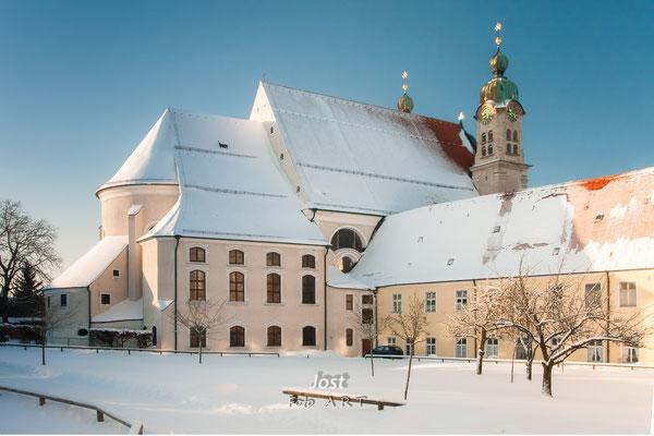 winterliche Kirche Landsberg