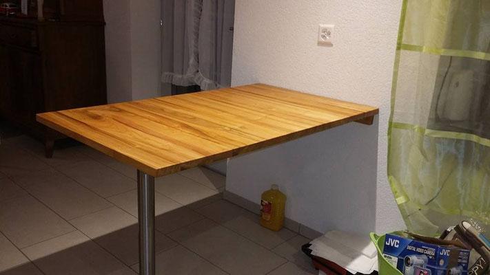 Kirschbaumtisch