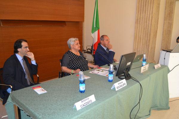 Apertura dei lavori: Dr. Antonio Cazzato e Dr.ssa Antonia Occhilupo (Comitato scientifico), Dr. Giorgio Trianni (moderatore)