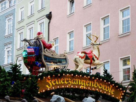 Christkindlmarkt Rosenheim, bei Maroni und Glühwein geht es gemütlich zu