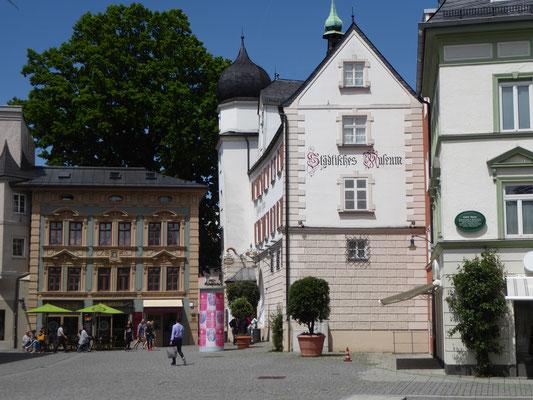 Am Mittertor, es beherbergt das sehenswerte Heimatmuseum