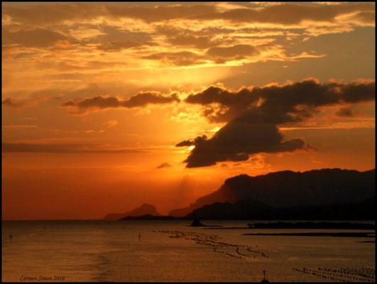 Hafeneinfahrt Olbia, Sardinien