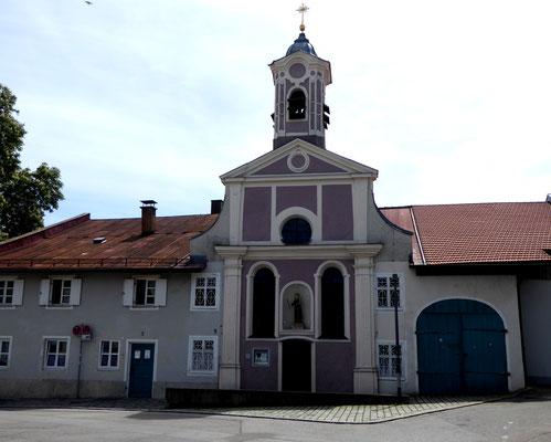 Roßackerkapelle, der Roßacker ist der älteste urkundlich erwähnte Ort in Rosenheim